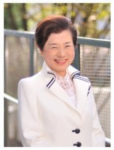取締役会長 篠原 欣子