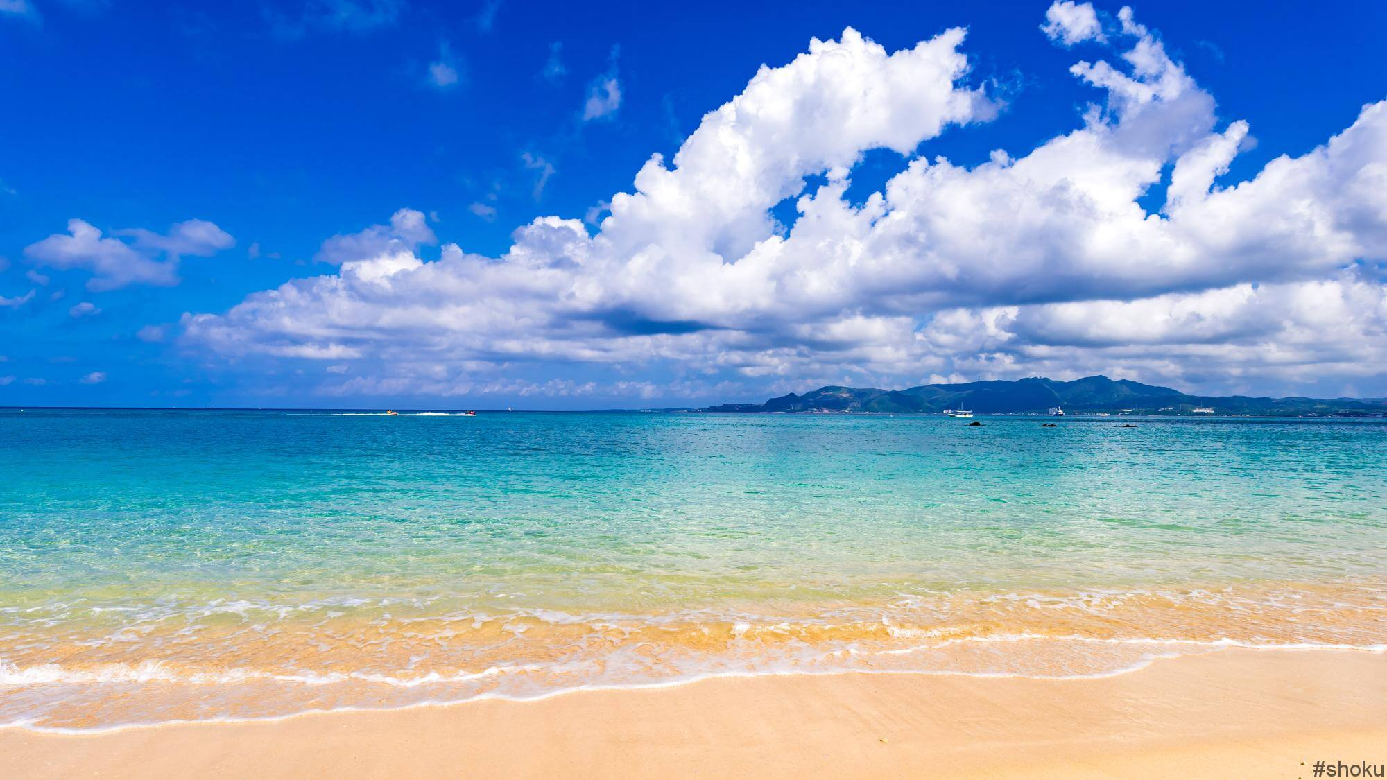 夏休みに行きたい南国の海